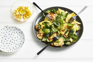 Calypso mango and Haloumi Salad