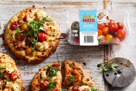 Recipe_LR_Mixamato_tomato medley_Medley Margherita Chilli Prawn Pizza_Janelle Bloom 2020_04_cropped