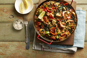 Recipe_LR_Truss Tomatoes_Tuscan Kale Cabbage_Seafood_Paella_Janelle Bloom1_2015